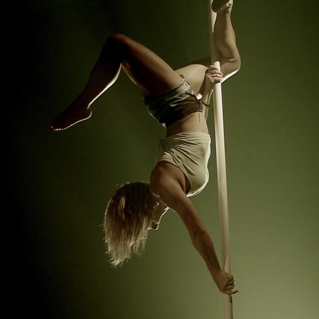 Laura Ramos en Pole Dance Fever